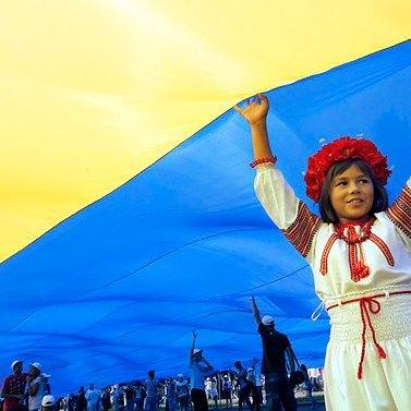 Випускники українських шкіл презентували англомовний відеоролик про сучасну Україну (відео)