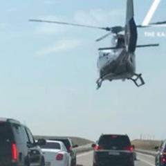Пафос 80-го рівня: у Киргизстані весільний кортеж супроводжував вертоліт (відео)