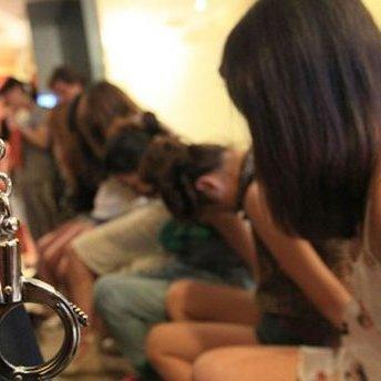 На Луганщині поліція впіймала жінку, яка незаконно переправляла секс-рабинь до Росії