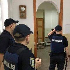 На Львівщині пацієнт психлікарні захопив заручника (фото)