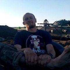 Колишній замкомбата 79-ї бригади: Під Луганськом ми гарно палили танки й артилерію РФ. Вони заходили колонами, цілодобово йшли