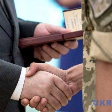 Нагороди отримали понад 13 тис. 500 військових - МОУ