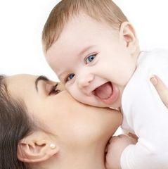 Вчені надали пояснення чому першими словами у дітей є мама або тато