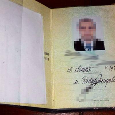 У Дніпрі затримали чоловіка без громадянства, який займався сутенерством