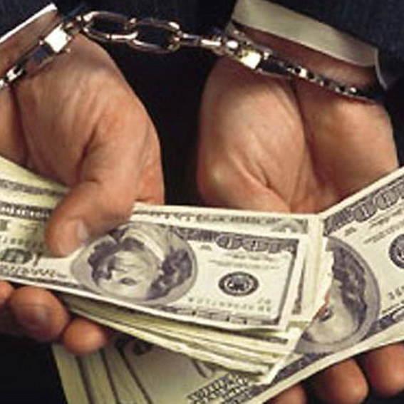 У  Сєвєродонецьку затримали чиновника, який вимагав 10% відкату від підприємця