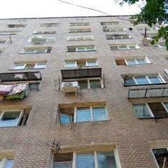 В Одесі жінка на смерть розбилась, випавши із вікна