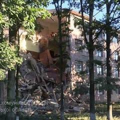 На Волині у коледжі під час ремонту обвалилася стіна  (фото)