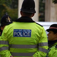 У Лондоні арештували бігуна, який штовхнув жінку під колеса автобуса