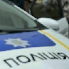 На Одещині четверо чоловіків скоїли напад на поліцейських і викрали їх авто