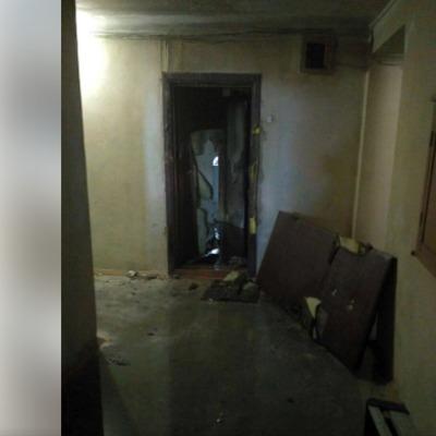 Пожежа у Києві: чоловік, який викинувся з 7-го поверху, вбив двох жінок у квартирі
