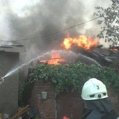 Масштабна пожежа в центрі Харкова: рятувальники боролися з вогнем понад 6 годин