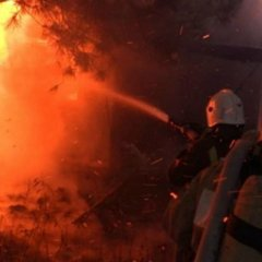 Пожежа у кемпінгу в Криму: відпочивальники з Москви залишились без речей і документів