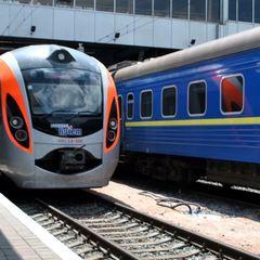 Пасажири потяга Одеса-Київ їхали стоячи через нестачу вагонів