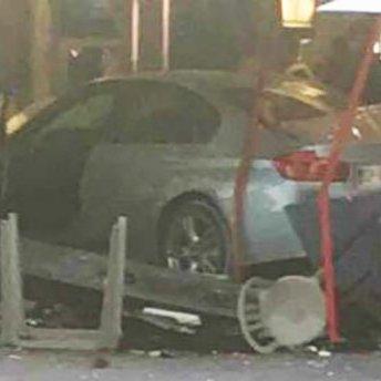 Водій, який навмисно в'їхав у піцерію в передмісті Парижа перед цим намагався скоїти самогубство