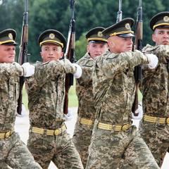 У Києві сьогодні ввечері перекриють Хрещатик у зв'язку з репетицією військового параду