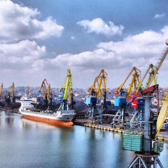 Маріупольський порт постраждає через перекриття Керченської протоки