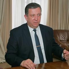 Рева, який дорікнув українцям за їжу, заробив у липні більше 100 тис. грн