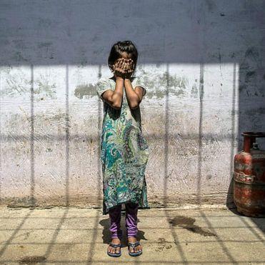 В Індії народила 10-річна зґвалтована дівчина, якій  суд не дозволив робити аборт
