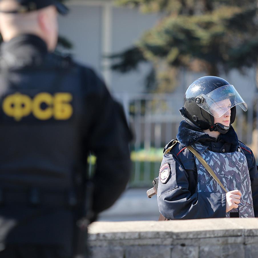 ФСБ завербувала українського заробітчанина, погрожуючи розправою з його родиною