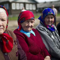 Як відрізняється життя українських пенсіонерів від пенсіонерів Білорусі, Польщі та США