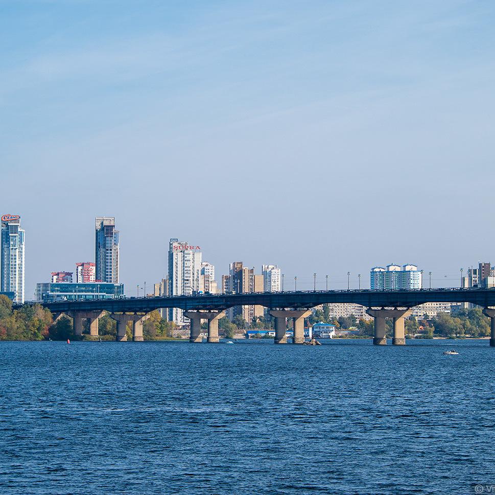 У Києві на тиждень обмежать рух на мосту Патона