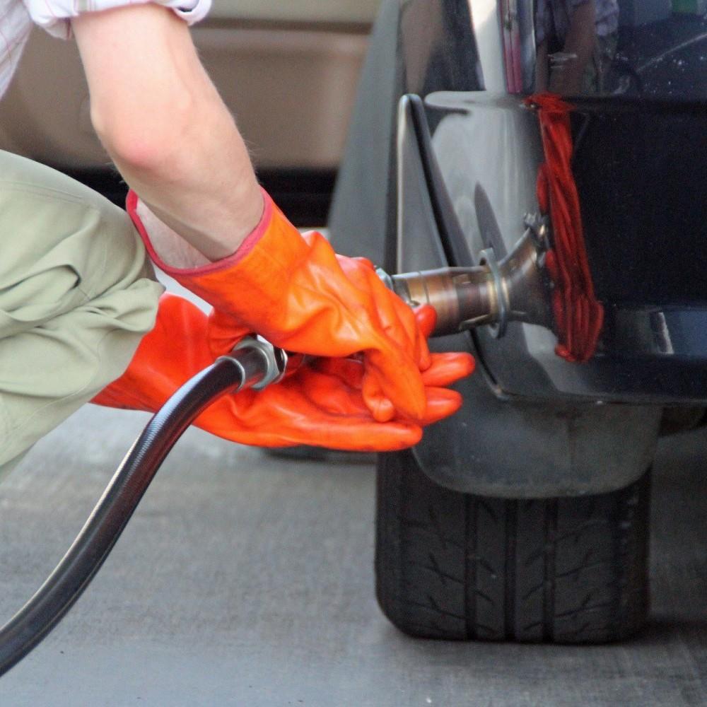 В Україні продовжує дорожчати автомобільний газ