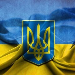 Порошенко підніме державний прапор у Києві