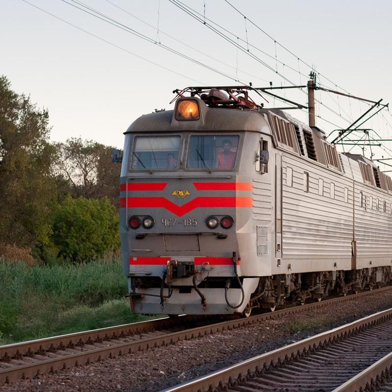 «Укрзалізниця» попереджає про затримку поїздів через аварію на Хмельниччині