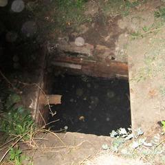 На Донеччини однорічний малюк впав у зливну яму та захлинувся