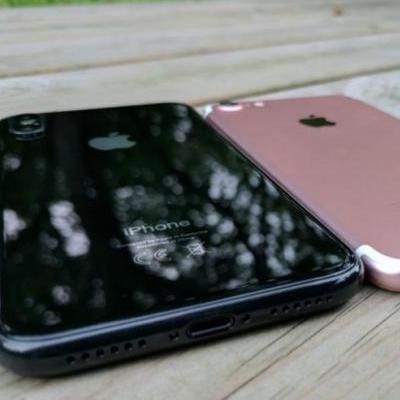 Стала відома дата презентації компанією Apple iPhone 8