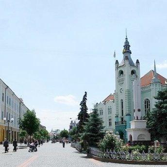 Майже 5 мільйонів доларів привласнили чиновники в Мукачеві