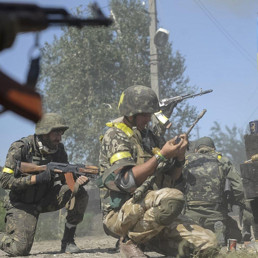 Штаб АТО: 21 обстріл, втрат серед ЗСУ немає