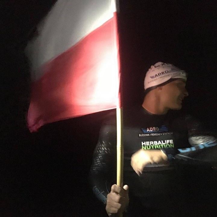 Поляк Себастьян Карась вперше в історії переплив Балтійське море
