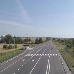 Перша платна дорога в Україні: в «Укравтодорі» підрахували скільки буде коштувати разовий проїзд