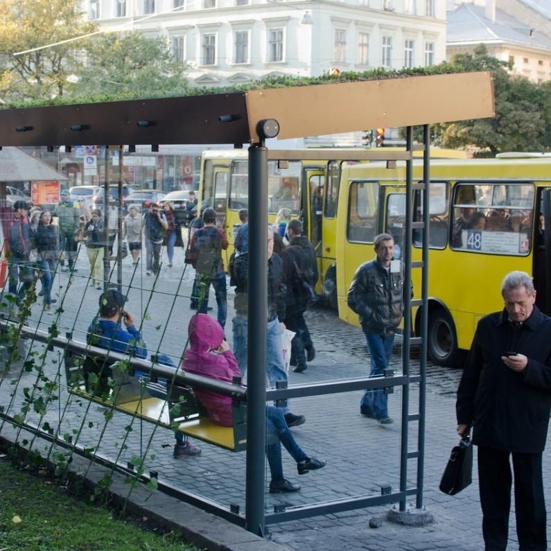 У Львові через смс можна дізнатись через скільки автобус прибуде до зупинки (відео)