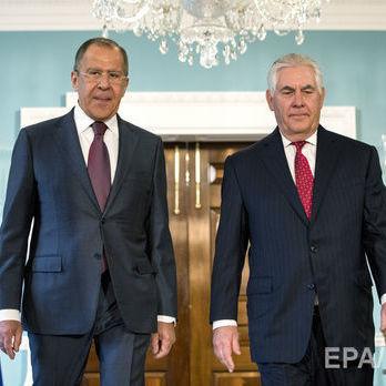 Лавров пообіцяв Тіллерсону, що Росія відреагує на закриття консульств у США