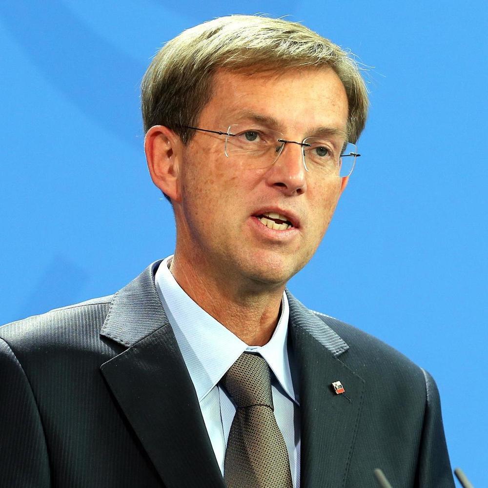 Прем'єр Словенії попередив Хорватію: «Наша поліція вже контролює море»
