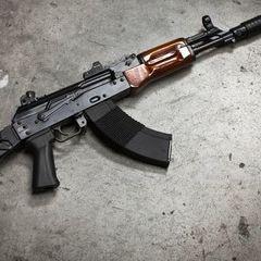 На кордоні з Кримом застрелився військовий
