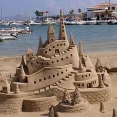 В Німеччині створили найвищий замок із піску (фото)