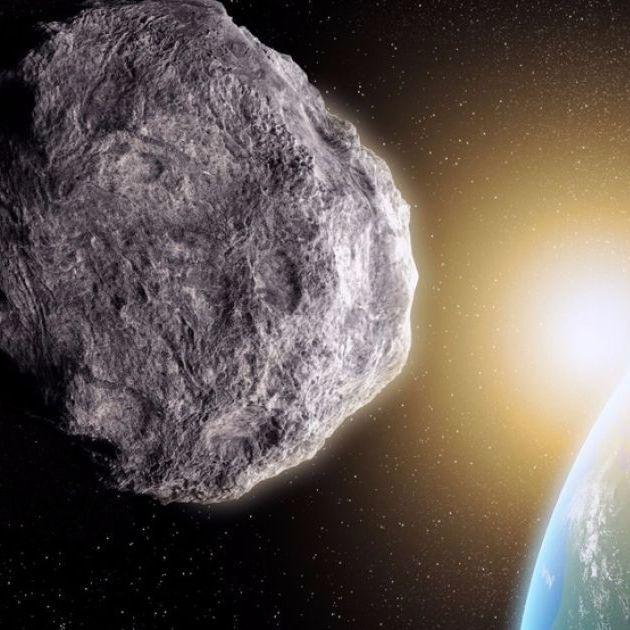 Гігантський астероїд пролетів повз Землю (відео)