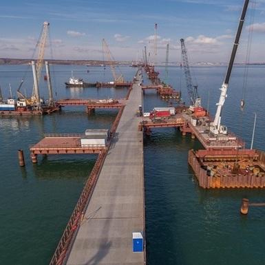 Росія призупинила будівництво Керченського моста через просідання опор, - ЗМІ