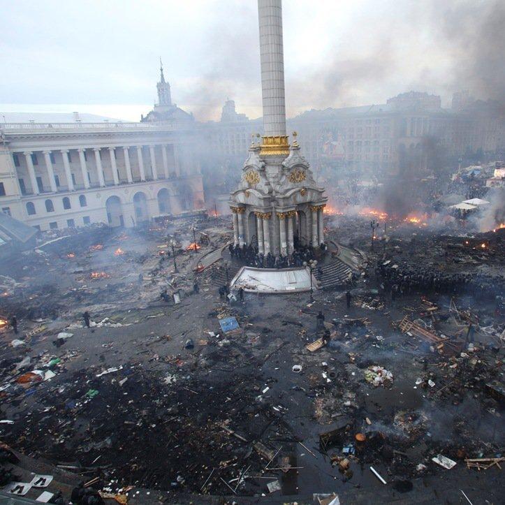 З'явилася реакція Кабміну на знищення графіті часів Майдану (фото)