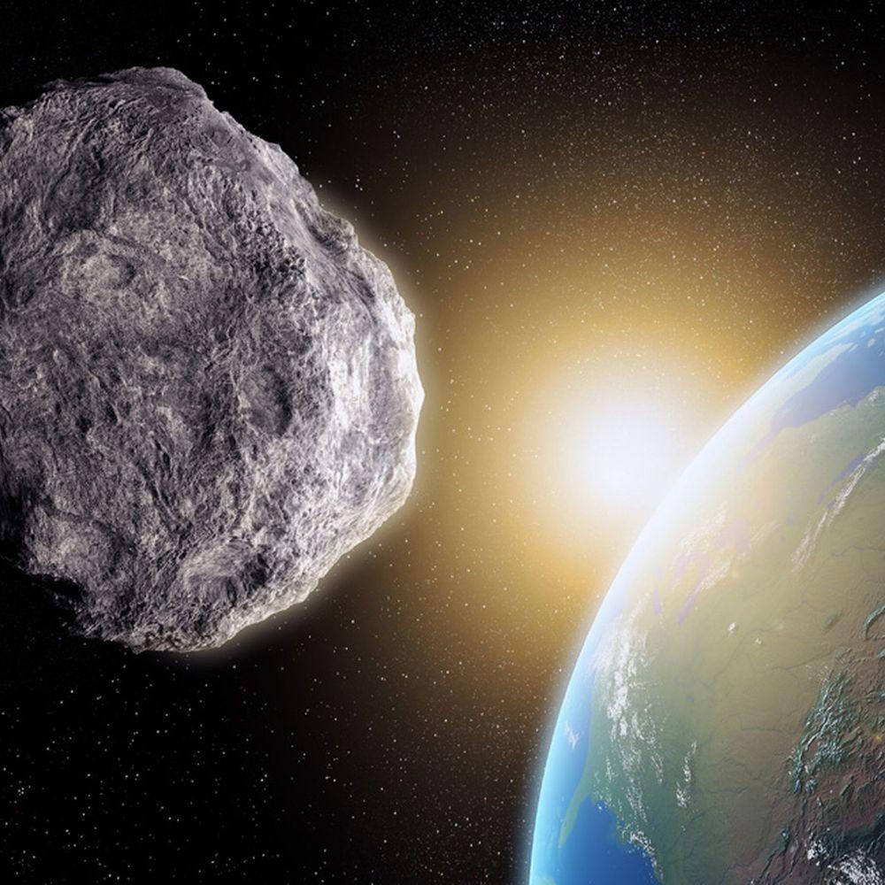 Тернополянин відзняв проліт гігантського астероїда над Землею (відео)