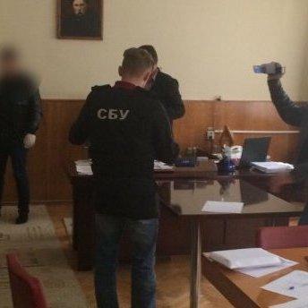 На Вінничині однопартієць Ляшка «погорів» на хабарі (фото)