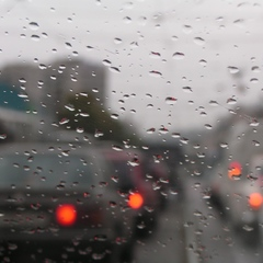 В Україні сьогодні хмарно, місцями пройдуть дощі, температура до +25° (карта)