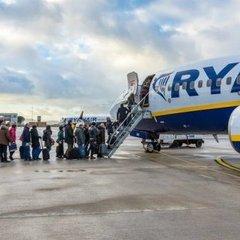 Компанія Ryanair встановила нові правила перевезення ручної поклажі
