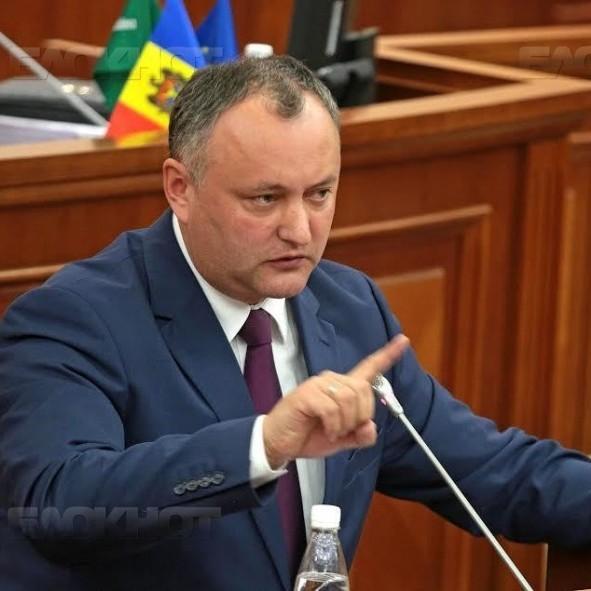 Додон покарає всіх військових, причетних до навчань з Україною
