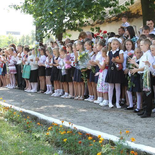 Новий Закон про освіту зрівняв українську мову з мовою меньшин - українська письменниця