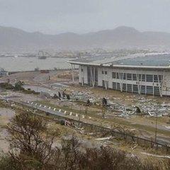 Ураган «Ірма» зруйнував один із найвідоміших аеропортів світу (фото)