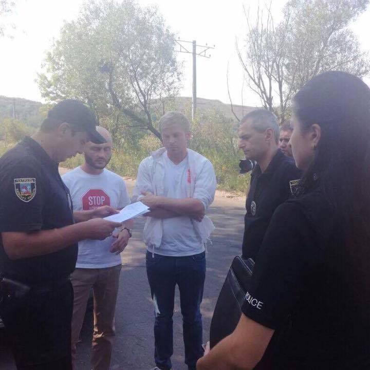 У селі Підгірці активісти зупинили будівництво двох нелегальних житлових комплексів